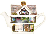 Red Lion Pub Cottage Teapot